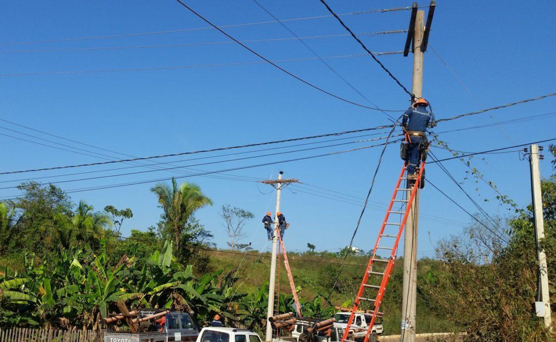 Se prevé que cobertura de energía eléctrica llegue al 94,6% de los hogares bolivianos hasta diciembre